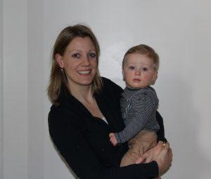 Nathalie met zoon Flores